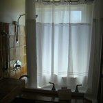 Jacuzzi bath in Las Nubes room