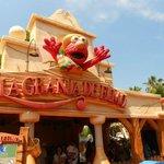 Elmo Store