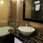 Bathroom - nice and spacious