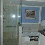 Oceanfront Suite Bathroom