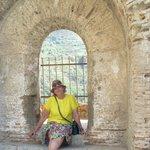 Древняя крепость в Шилле