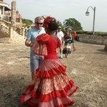 aqui bailando con una guapa dominicana