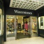 Fachada da Waterstones