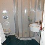 bathroom 553