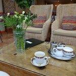 Tee im Wintergarten
