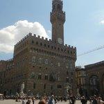 Outra visão do Palazzo Vecchio.