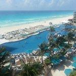 Vista espectacular desde habitación en Hard Rock Cancun