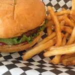 cheeseburger combo with fries & drink for $6