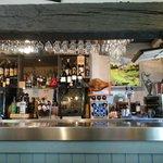 le bar poutres grises