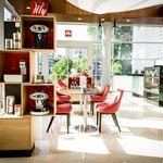 illy Coffee Shop