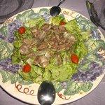 Salade de foies de volailles chauds, généreuse et délicieuse!