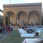 Expo temporaire de voitures anciennes