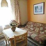 Suite: Salle à manger/ Suite: dining room