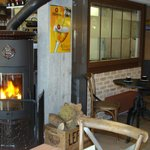 L'atelier des crepes et le poele à bois Godin