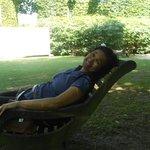 Descansando no jardim
