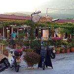 De frontside of Tzimas
