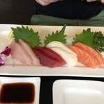 Sashimi menu 12 $