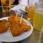 Bacalao y vaso de clarita (cerveza y refresco limon)