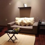 Sofa - very nice!