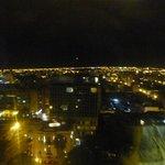 Vista nocturna desde habitación