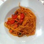 Spaghetto con Pachino, Gambero Rosso e pezzi di Cernia