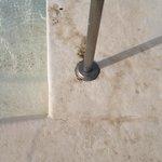 Bordes de piscinas sucios2
