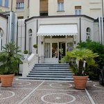Grand Hotel, вход со двора