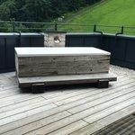Die Badewanne auf der Terrasse