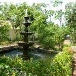 magnifique fontaine dans l'hôtel