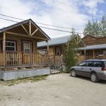 Nice little cabins with room for parking at Klondike Kates
