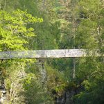 Brücke über der Schlucht
