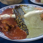 Enchiladas 3 Moles