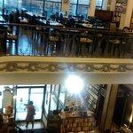 Livraria e restaurante