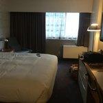 King hotel room 2