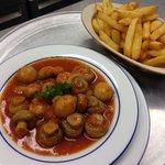 Balthazar restaurant, mouscron,(056) 346-647