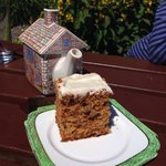 Carrot cake and quite frankly amazing tea-pot!