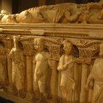 саркофаг, вид сбоку
