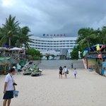 珠江花園酒店前のビーチ