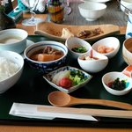 Japanese-style breakfast (Western option also available)