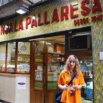 Walking tour, guide Laura