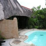 St Lucia. Afrikhaya Guest House. Poolen. Apr.- 14