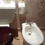 loose toilet handle