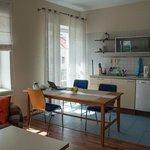 Гостиная и кухонный уголок