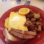 Ham and cheese omelette with toast and hash browns