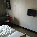 tv de la habitacion pequeña
