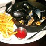 Mussels Provencal with Frites