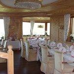 sala allestita per matrimonio