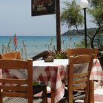 Taverne am Alykes Beach