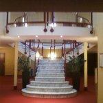 le couloir et la rotonde d'accès aux chambres de l'étage