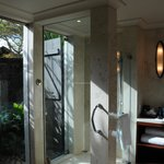Bathroom & semi-open air shower
